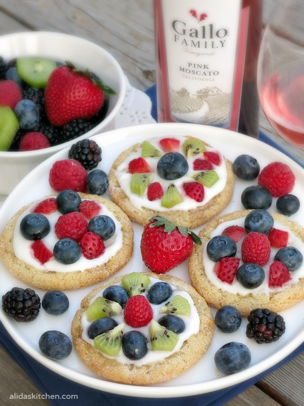 Sugar Cookie Fruit Tarts are simple, beautiful and elegant…much like ...