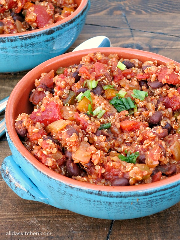 Black Bean Quinoa Chili | alidaskitchen.com