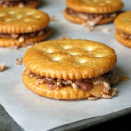 Chocolate Caramel Coconut RITZ Cookies | alidaskitchen.com
