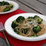 Garlicky Spaghetti with Roasted Broccoli #WeekdaySupper