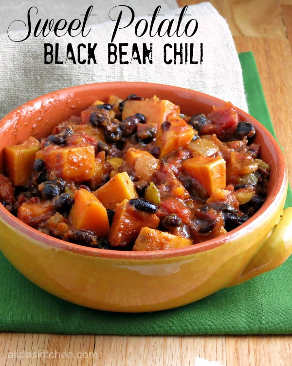 Sweet Potato Black Bean Chili is a chunky, spicy chili with a hint of ...